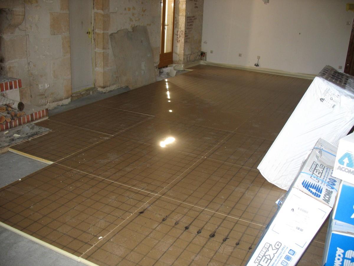 chantier de carrelage 2011 quelques mois de d sordre pour les sols et pour les habitants. Black Bedroom Furniture Sets. Home Design Ideas