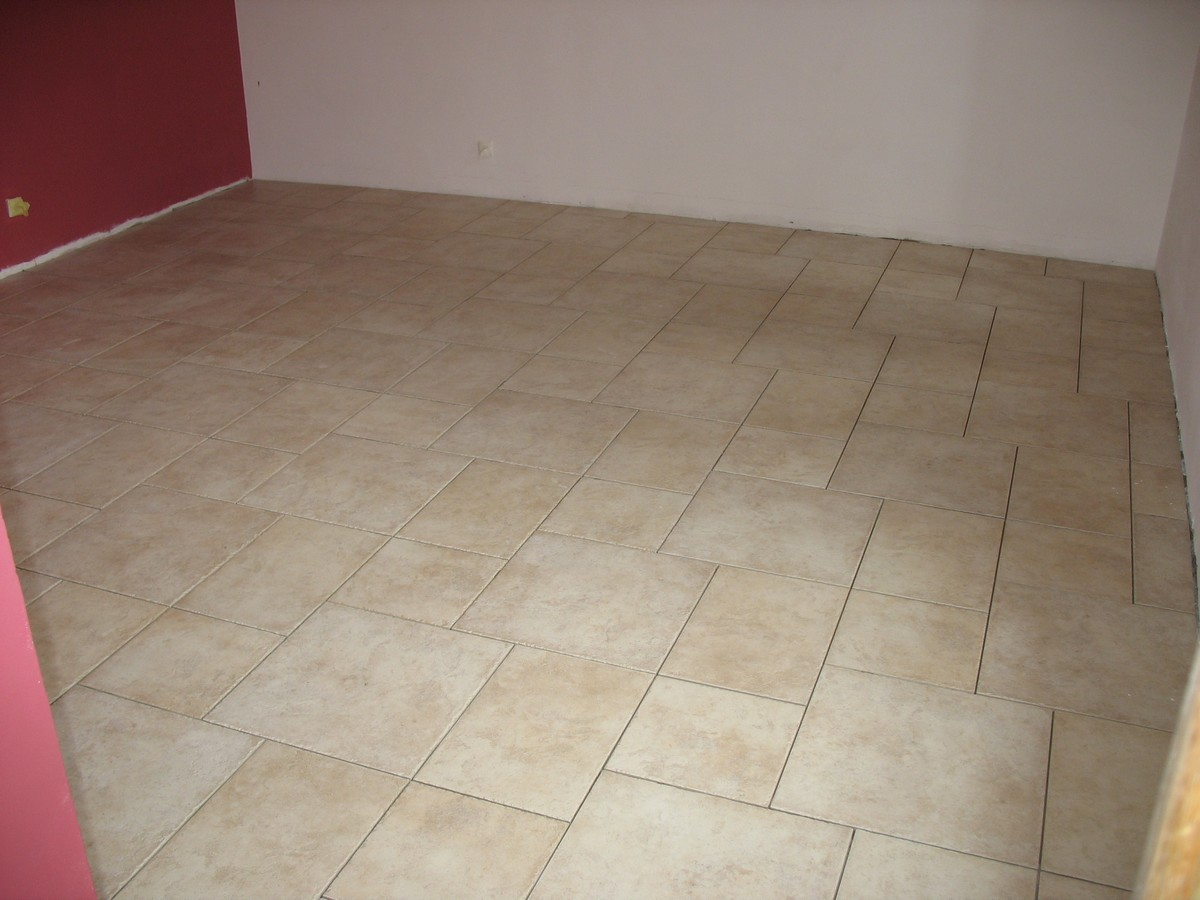 Carreaux de carrelage id es de for Carrelage chambre